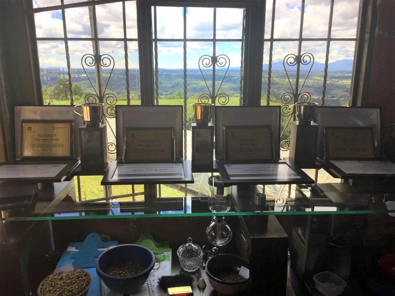 特別なコーヒー豆、《究極の逸品》を新入荷and限定ブレンド販売開始しました